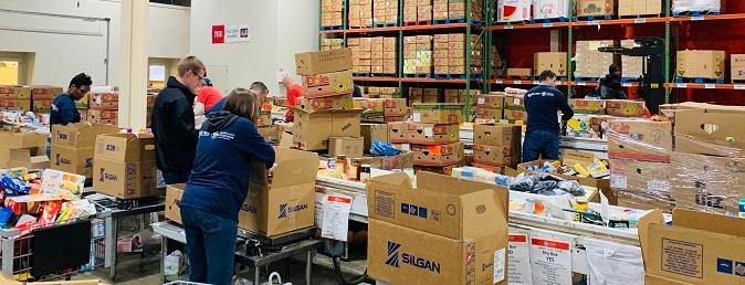 Gross Mendelsohn volunteers at Maryland Food Bank