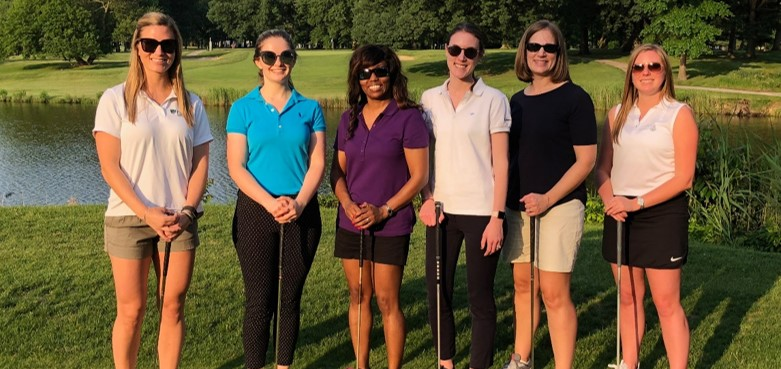 ladies-golf-group-picture